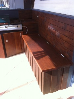 woodbox and timber seat at moama echuca carpentry builder intrepid